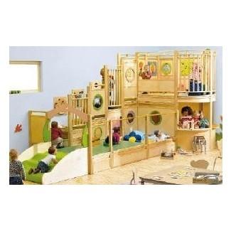 Casa de juegos de madera para interiores