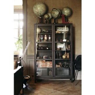 Gabinetes de vidrio y metal para curiosidades